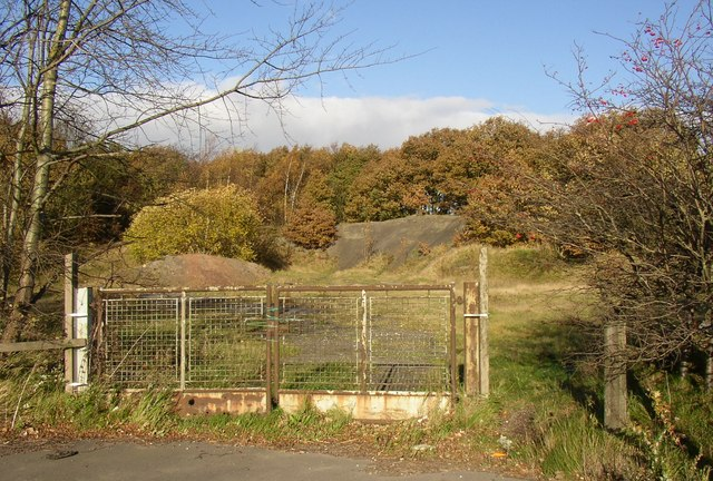 Derelict land at Lane End, Midgley, Sitlington CP