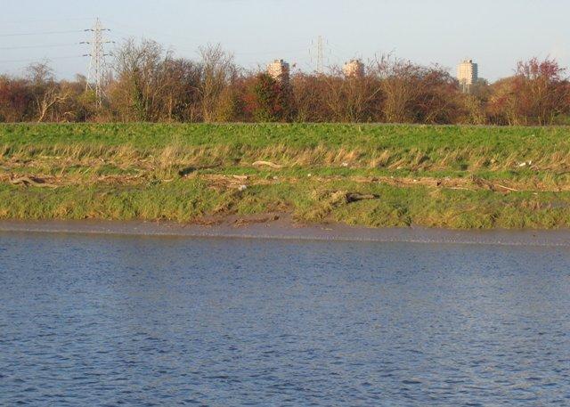 The River Dee/Afon Dyfrdwy