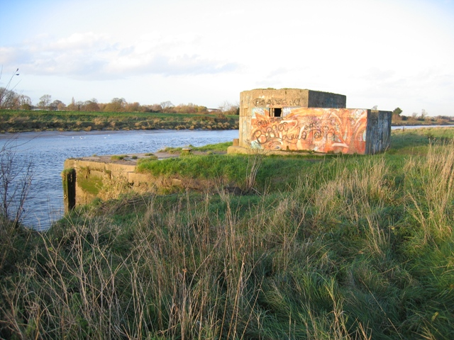 Pill box guarding the River Dee/Afon Dyfrdwy