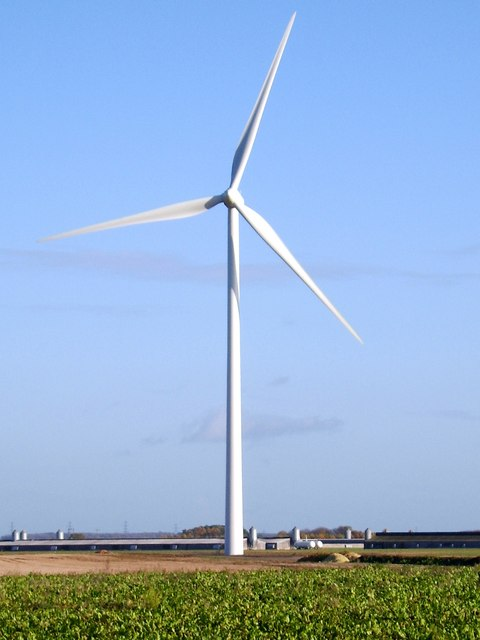 Wind turbine adjacent to B1077 Watton Road