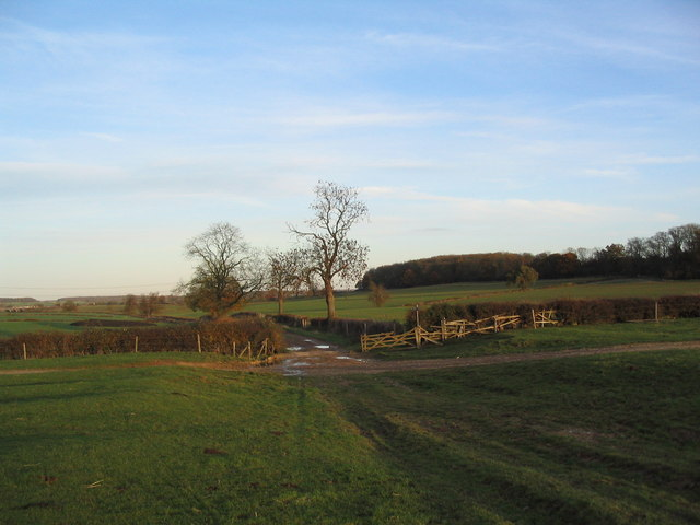 Colsterworth Lane; end of surfaced section