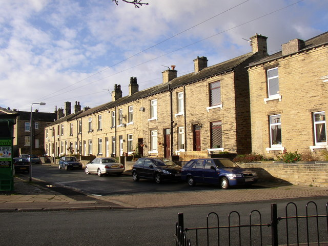 Bond Street, Lightcliffe Road, Brighouse