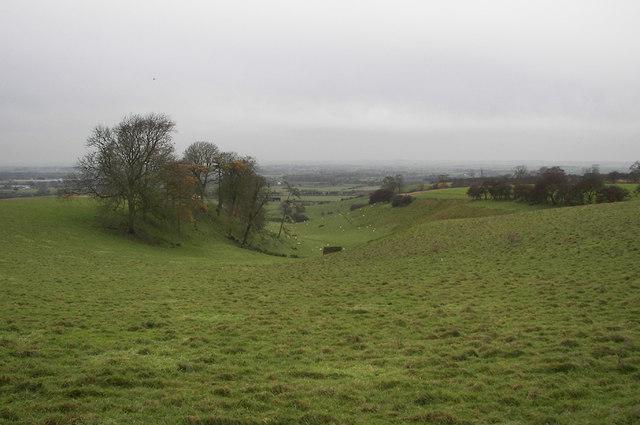 Near Fonaby Top