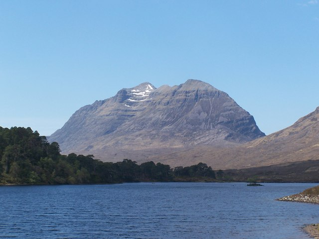 Liathach from Loch Clair May 2006