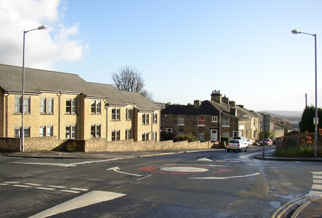 Houses at the top of Bonegate Road, Brighouse