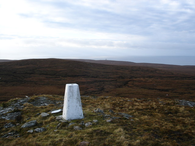 Trig point on Cnoc Breac