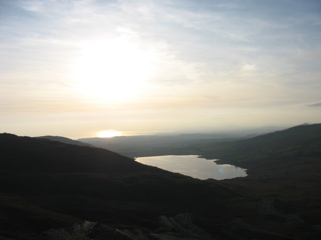 Llyn Cwmystrallyn and Tremadog Bay from the top of Gorseddau Quarry