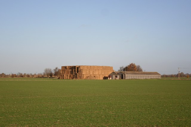 Farm buildings on Horbling Fen