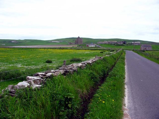 Road leading to Notland Castle and Noup Head