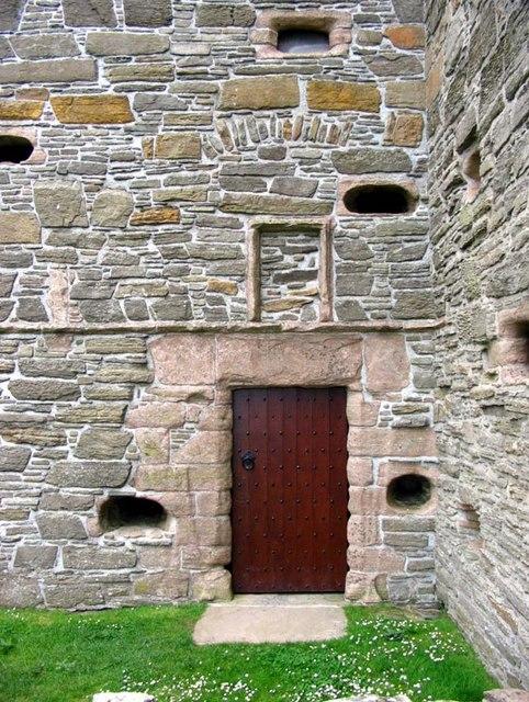 Noltland Castle, Pierowall