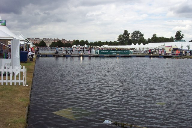 Hampton Court Flower Show, The Long Water.