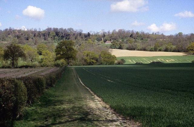 Approaching the Greensand Ridge