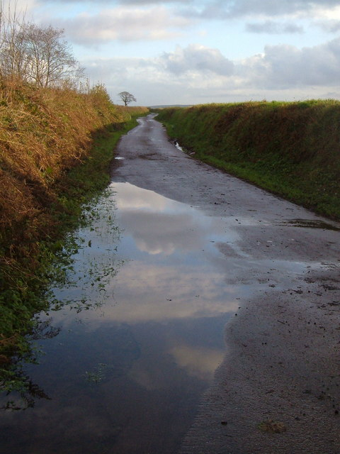 Lane from Tod Moor Cross