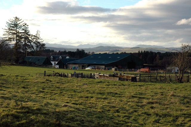 Farmhouse and steading at Crasky