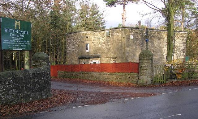 West Lodge : Witton Castle