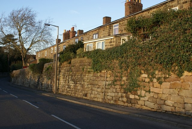 Stone terrace houses, Makeney