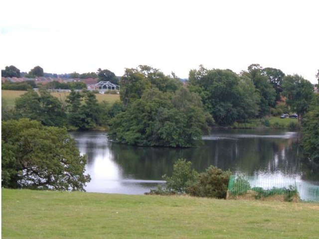 Chetwynd Park Pool
