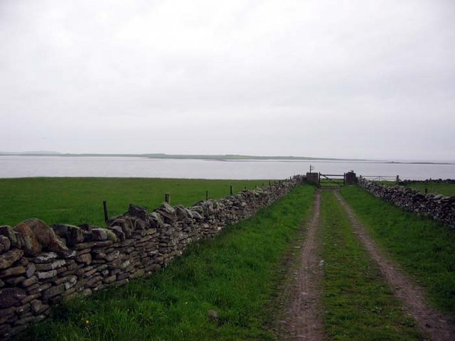 Track leading to Knap of Howar