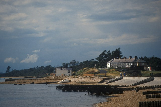 Coastguard Cottages and the White House, Lepe beach