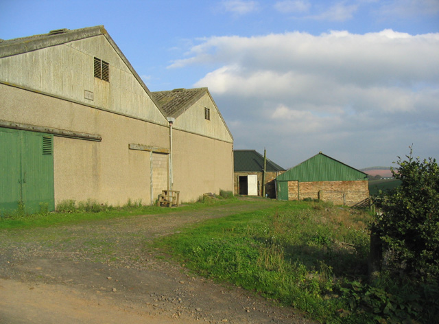 Farm buildings at Grizzlefield