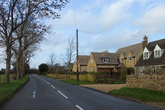 Row of houses on Fields Road, Chedworth