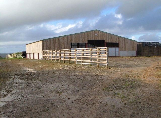 New barn near Waye Farm