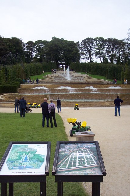 Water feature at Alnwick Castle.