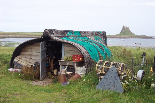 Fisherman's hut by the Ouse with view of Lindisfarne Castle.