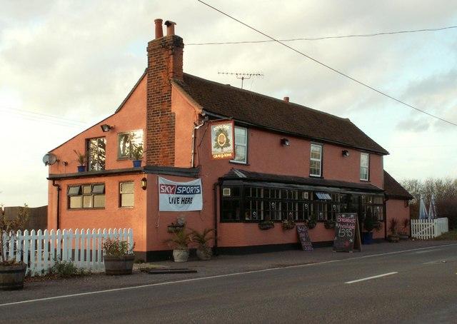'The Royal Oak' inn on Fambridge Road