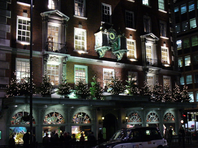 Late night Christmas Shopping at Fortnum and Mason