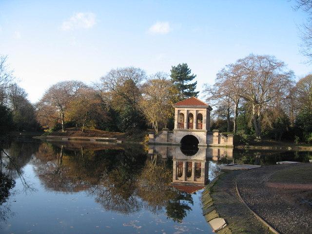 Roman Boathouse and Birkenhead Park Lake