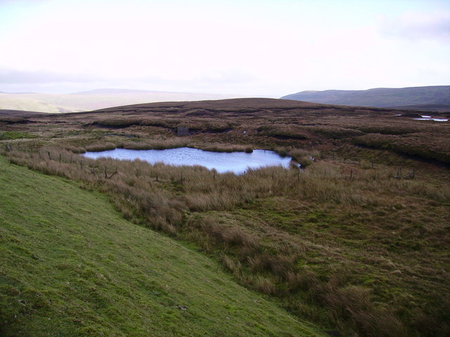 Tarn, Garsdale Common