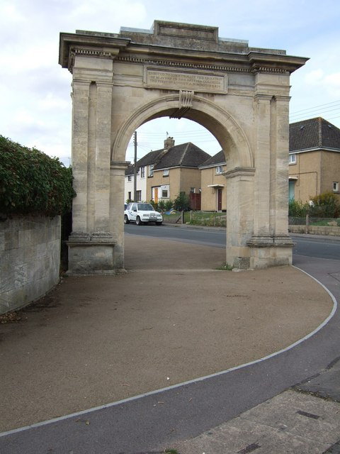 Memorial Arch on Paganhill, Stroud