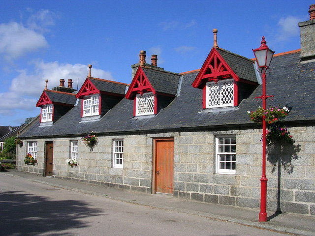 Estate Cottages in Monymusk