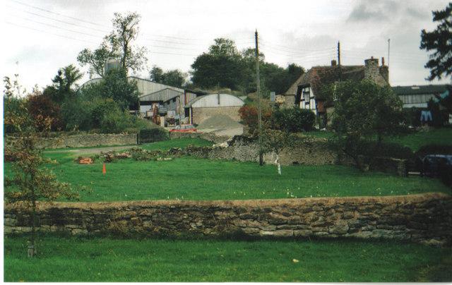 The farm,Easthope
