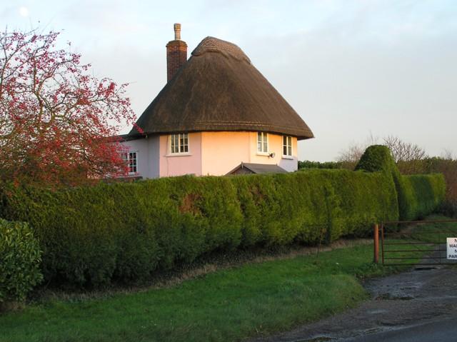 Lodge near Braes Farm