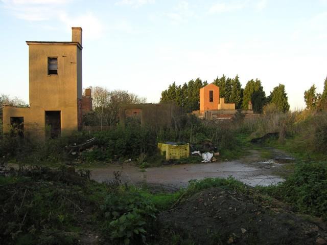Derelict building at The Carrs near Leavenheath