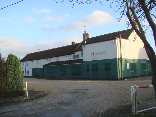 Disused Public House, Sykehouse