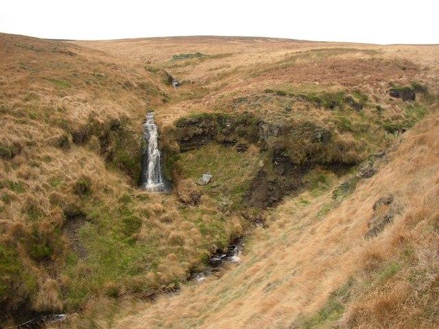 Waterfall on Short Grain, Marsden (1)
