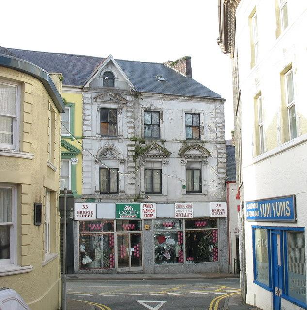 The Family Fashion Store, Bridge Street