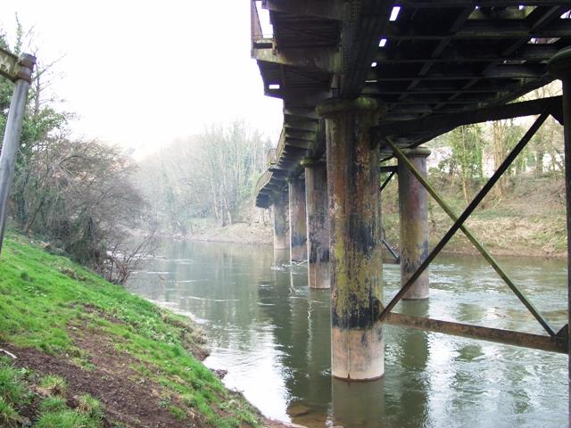 Old railway bridge across the Wye, Redbrook