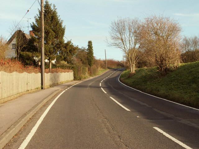 The B.1053 at Hawkin's Hill, heading towards Finchingfield