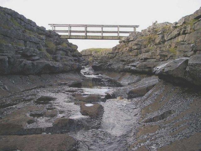 Footbridge over Maize Beck