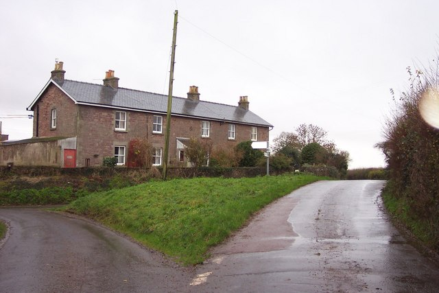 Row of cottages at Gurshill Farm