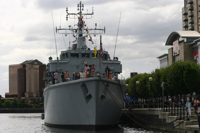 British Minesweeper H.M.S Middleton visits Salford Quays & Lowry