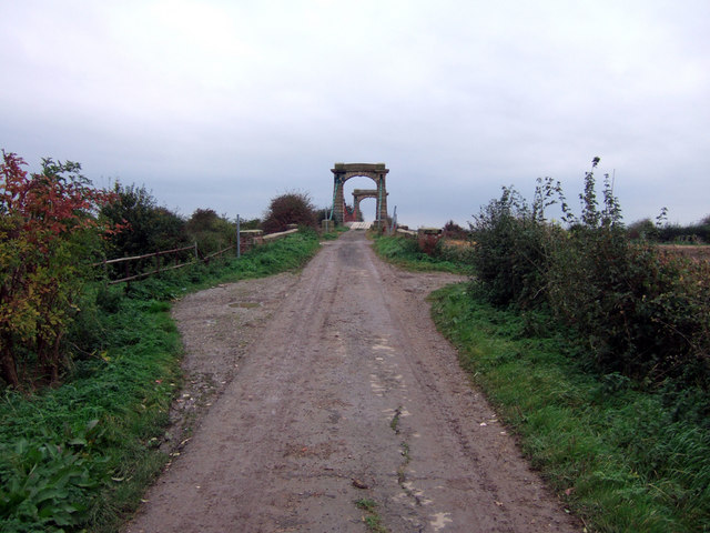 The Approach to Horkstow Bridge