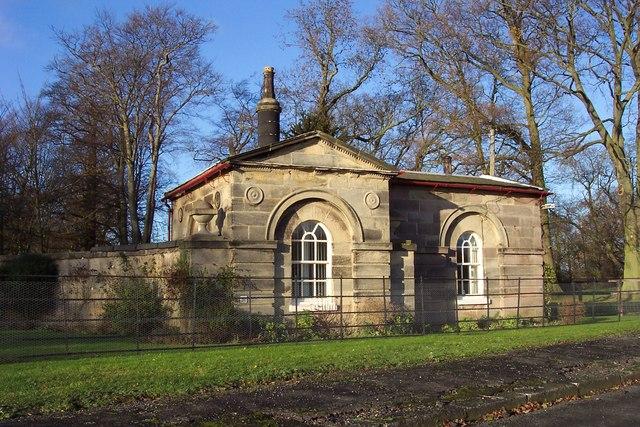 Lodge at the entrance to Ribston Park, Walshford