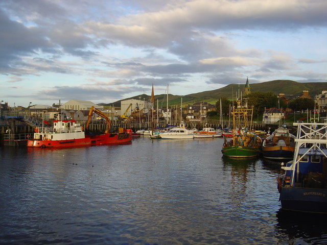 Girvan harbour