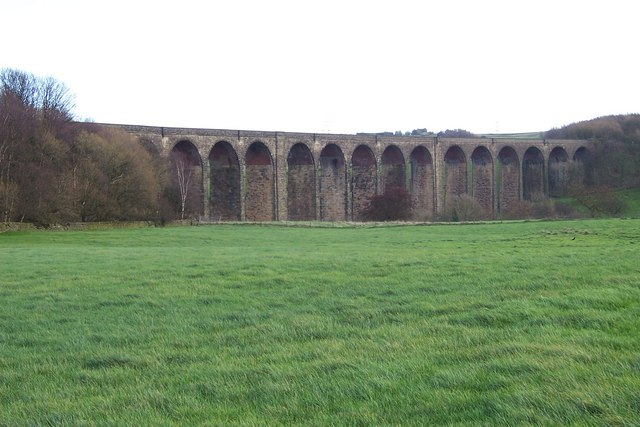 Hewenden rail viaduct