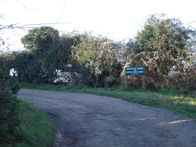 Lane to Botley's Farm